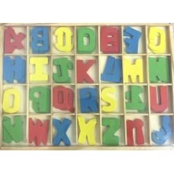 Dřevěná dvojí abeceda v dřevěné krabičce