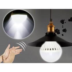 Žárovka na tlesknutí