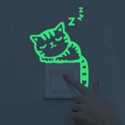 Svítící nálepky nad vypínač