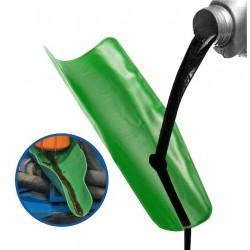 Pomůcka pro výměnu oleje v autě
