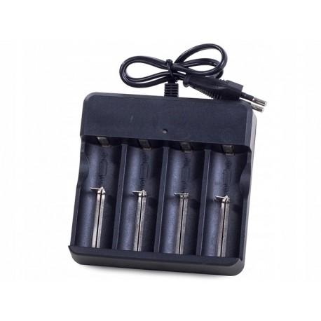 Nabíječka baterií 4.2V - 4x 18650