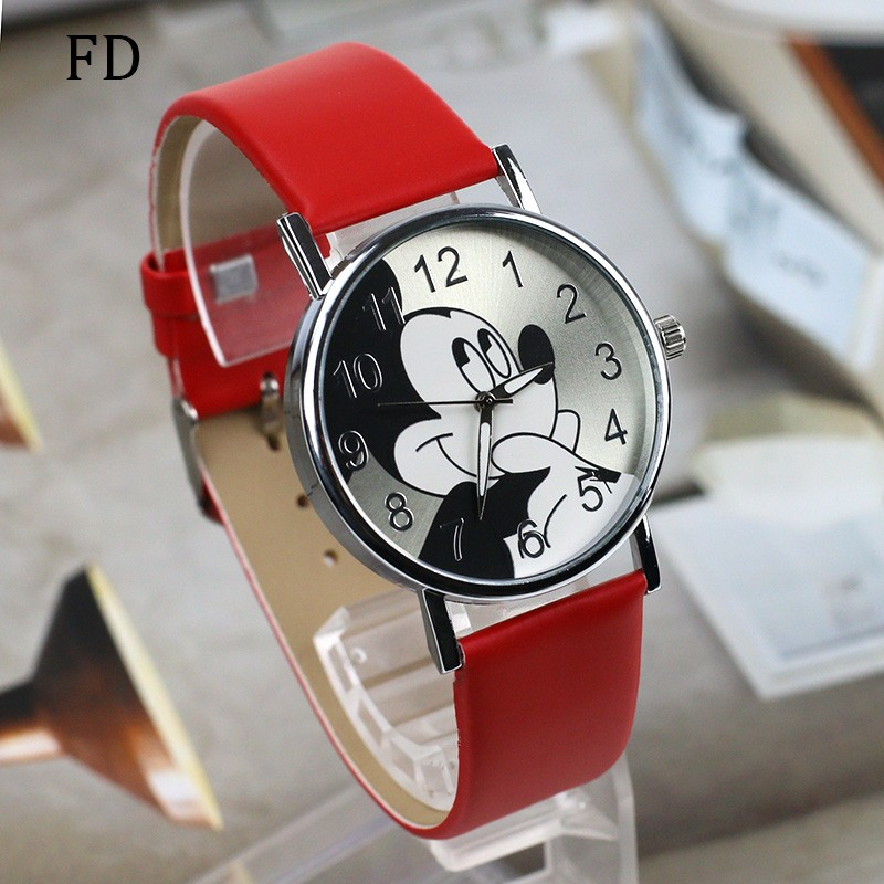 Dětské hodinky Mickey - Dianashop.cz 77eefa3cb7